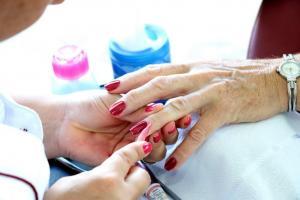 Best Nail salon SW Edmonton   R Nails & Spa   Chappelle